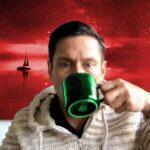 xmas kenn with green mug